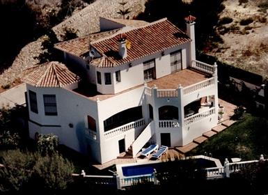 Βίλα στο Pinares de San Antón με θέα στη θάλασσα