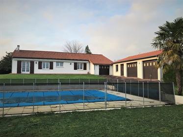 Maison Exireuil 5 pièce(s) 130 m2