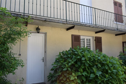 Maison de ville T5 de 124 m² à Chambéry, idéalement située à proximité de l'hôpital et de