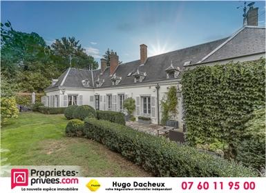 Massay (18120) Maison de 195 m² - à 5 mn du centre à pied - Beau jardin au calme - garage