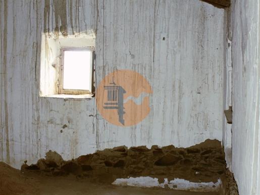 Casa Térrea no Cerro da Vinha de Baixo, Pereiro