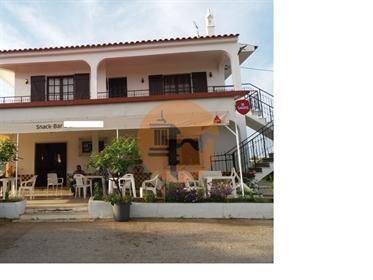 Restaurante com Moradia em Tavira.