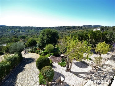 Villa avec vue sur la mer a St Barbara de Nexe Algarve
