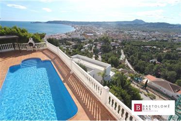 Villa con impresionantes vistas al mar, La Corona, Javea