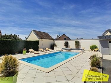 A Vendre Villa St Martin De Brehal, plage à pied, piscine privée, proche de Granville