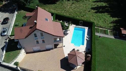 Grote villa met zwembad M9783-15730