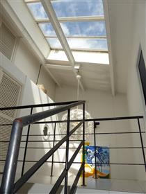 Appartement - Loft en dernier étage au cœur du Vieux-Port historique