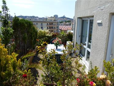 Roof top apartment (South / West) with panoramic view