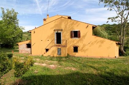 Rustico/Casale/Corte di 420 m2 a Lari