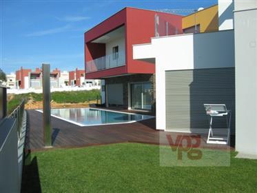 Moradia T4 - Ferragudo -Algarve