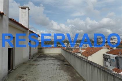 Piece of Real Estate Sell em Pontinha e Famões,Odivelas