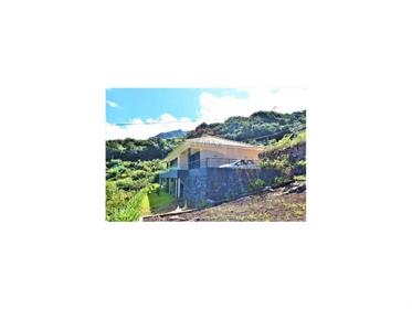 - Ótima Moradia T3 térrea na Boaventura.  - Localizada num local extremamente sossegado e