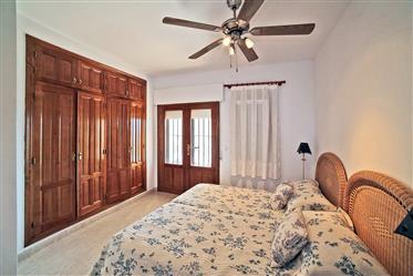 Vivenda: 414 m²