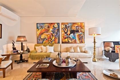 Excelente apartamento duplex de 2 quartos em um grande condo...