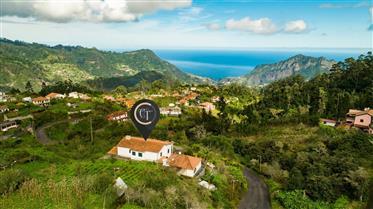 Casa à venda - São Roque do Faial