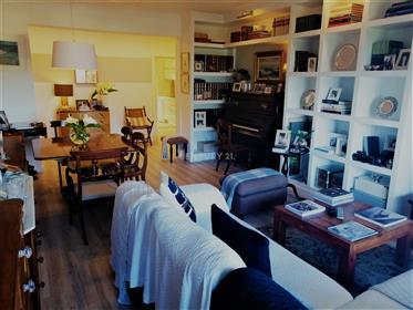 Apartamento T3 em Caniço de Baixo
