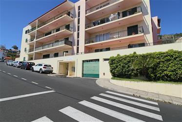 Appartement T2 Caniço Centro