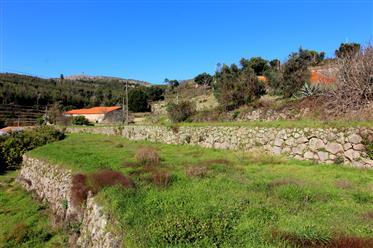 Quinta em localização idílica com vistas fabulosas em Monchique