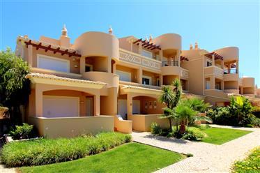 Apartamento T2 duplex de luxo em Ferragudo