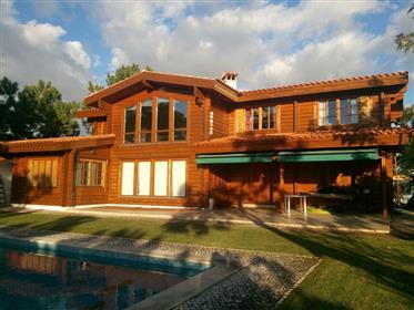 Wonderful, Villa, Tróia