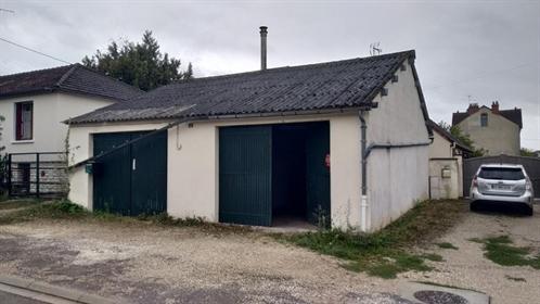 Local d'activité Auxerre 70 m2