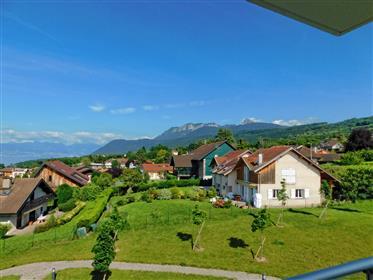 Appartements de 5 chambres avec vue panoramique sur la monta...