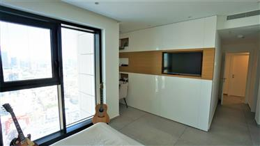 An amazing 4 Rooms apartment At the famous Liber Tower in Neve Tzedek