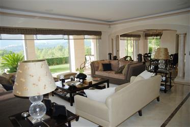 Villa 315 M²avec Magnifique Vue