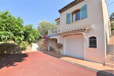 Villa De 185 M² Avec 4 Chambres
