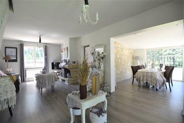 Villa Renovee De 135 M² Avec 4 Chambres