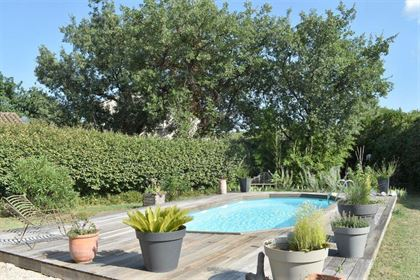 Villa de plain-pied de 130 m² avec 4 chambres