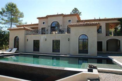 Domaine De Terre Blanche Tourrettes - Belle Villa 305 M² Av...