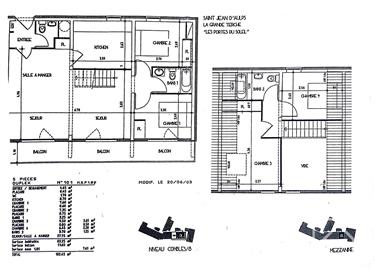 Penthouse de 5&nbsp pièces (2&nbsp salles de bain) avec garage et 2&nbsp caves.