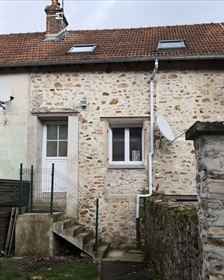 House near the train station and the city centre of Château-Thierry...