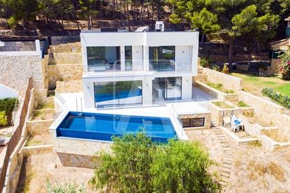 Villa de lujo en venta en Altea, en urbanización Campomanes....