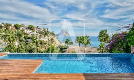 Villa de nueva construcción en venta en Calpe, en urbanizaci...