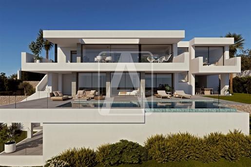 Villa de nueva construcción en venta situada entre Moraira y...