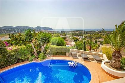 Villa de lujo en venta en Moraira, en El Bosque, una exclusi...
