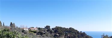 Proche Nice et Monaco, vue mer, calme