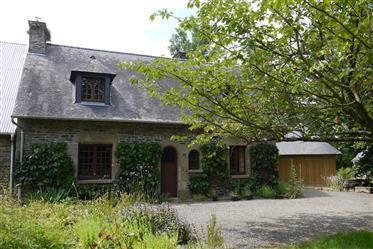 Detached character cottage located in rural hamlet close to ...