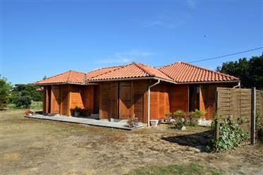 Villa en bois exotique