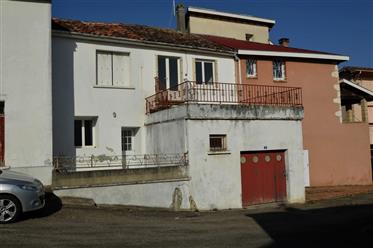 Maison De Village Avec Terrasse