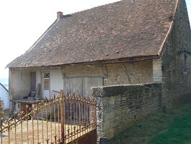 Bux/St Gengoux Le National. Maison ancienne avec dépendances...