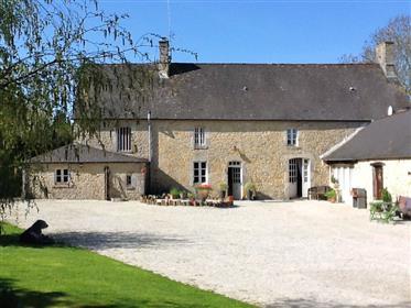 Normandy: Impressive Stone Built Home near St Mere Eglise