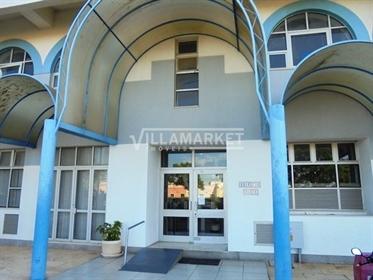 Bureau de 85 m2 à Faro