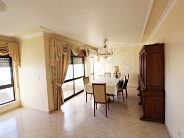 Excelente Apartamento T4 Novo - Vista para o Rio Tejo - Vila Franca de Xira