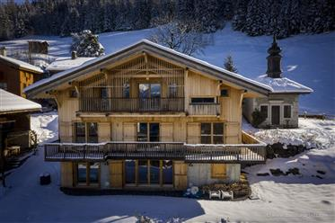 Very nice traditionnal chalet built in 2008  located in a picturesque hamlet in Sixt Fer à Cheval.