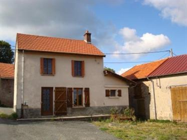 Vente Maison de campagne 65 m² à Roanne 58 300 €