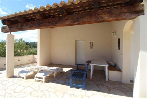 Villa a l'architecture de mas méditérrannéen sur 7714 M2 de ...