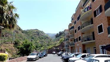 Große Wohnung In Calheta Madeira